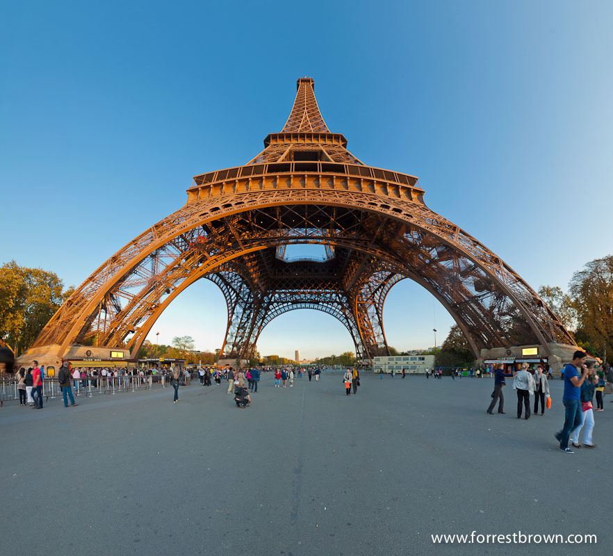 Panorama of the Eiffel Tower.