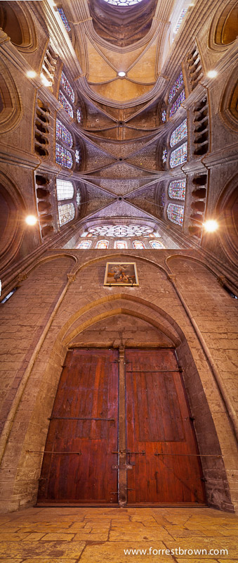Vertical panorama of one of the entries to Chartres Cathedral.